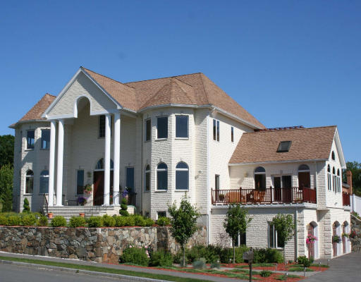 Saugus Real Estate
