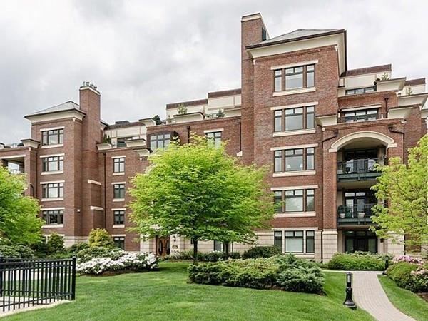 Brookline Condominiums and Townhomes