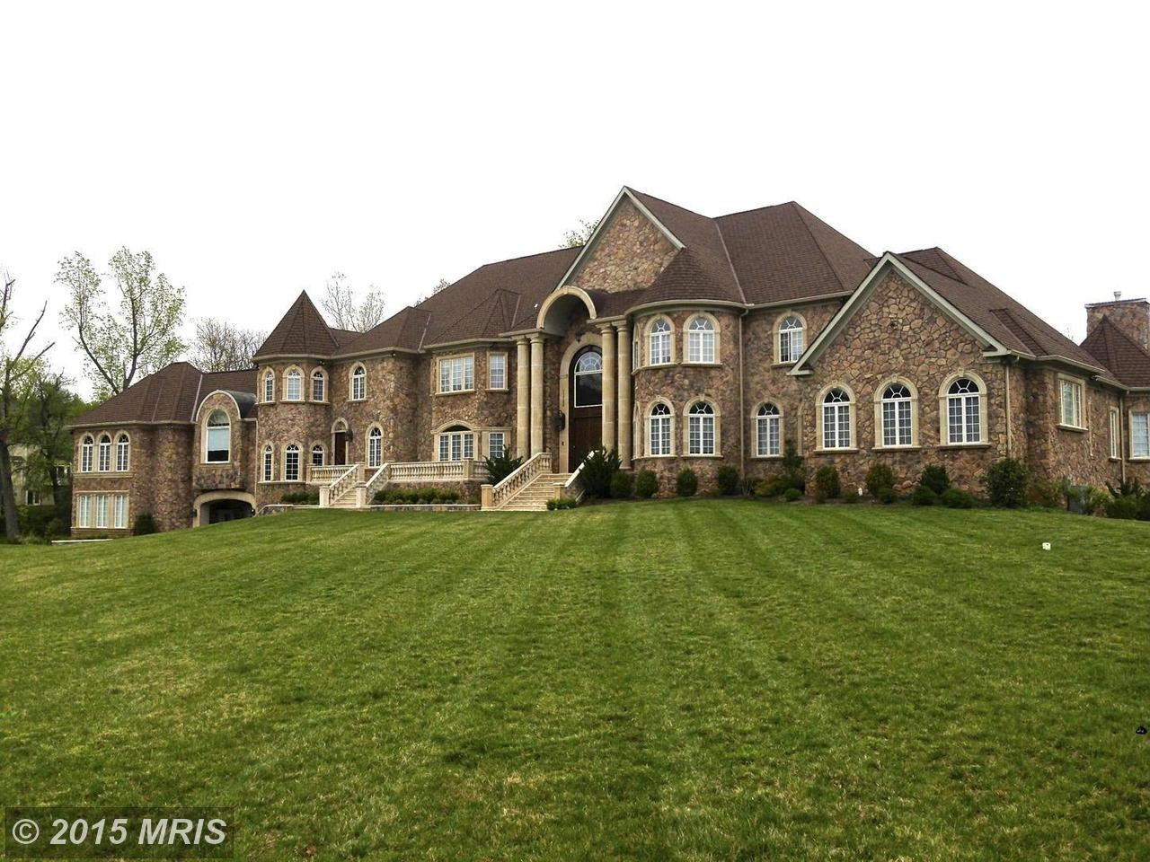 Fine Homes in Herndon